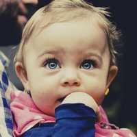 Kleinkind haut - dein Kind will die Welt verstehen