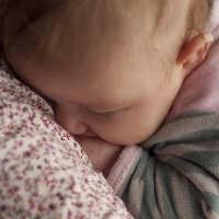 Einschlafen ohne stillen - Fest im Vertrauen sein, dass dein Baby einschlafen ohne stillen lernt