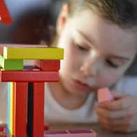 Kind sehr selbstbewusst - auf natürliche Weise lernen