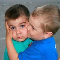 Zwillinge erziehen - wie lernen Kinder Rücksicht zu nehmen