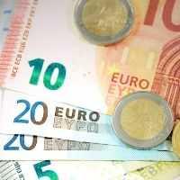 Umgang mit Geld spielerisch lernen - Was Eltern über Geld glauben